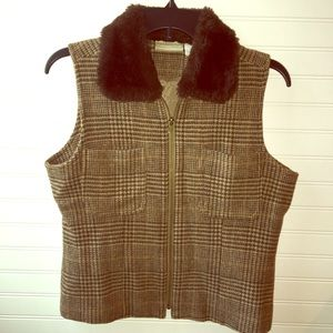 Coldwater Creek brown houndstooth vest